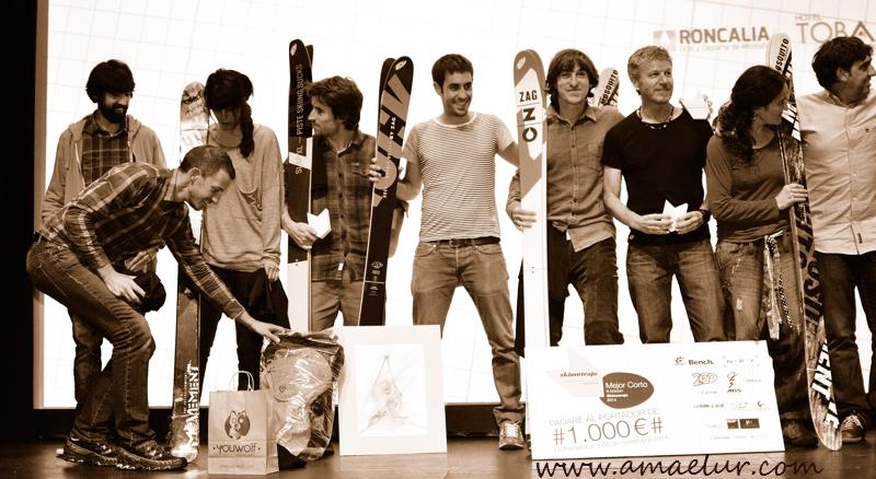 Gran familia, enhorabuena a todos los participantes (Foto Borja Villas, amaelur)